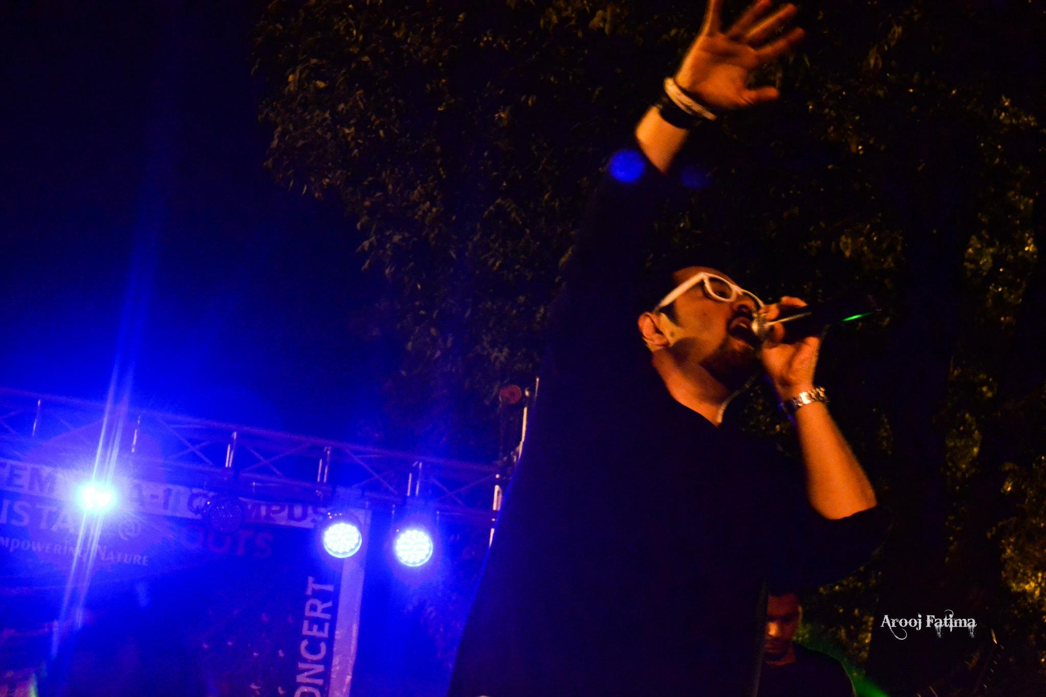 Entity-Paradigm-at-PC-Rawalpindi-25-Nov-2011-14