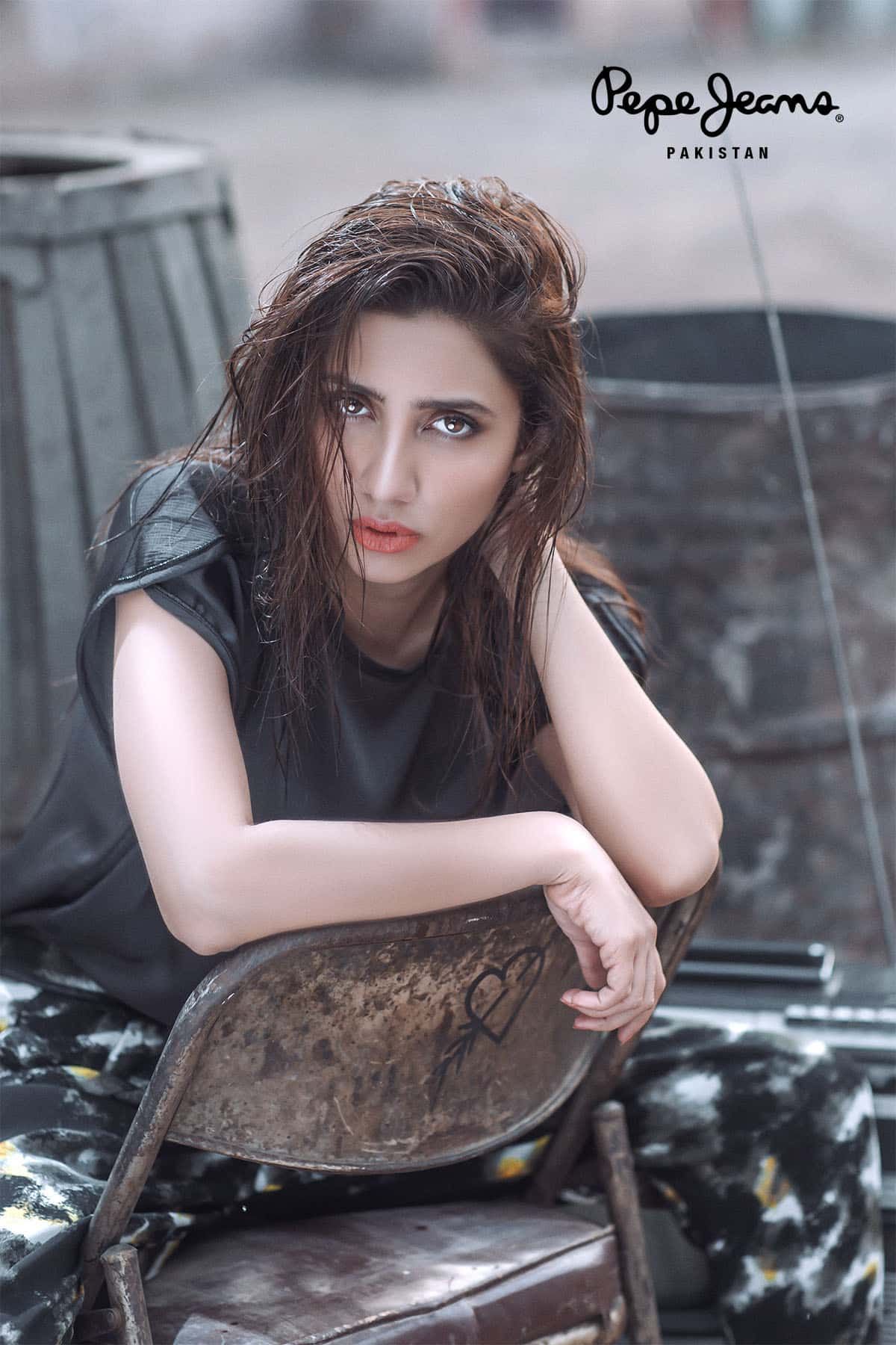 Mahira Khan for Pepe Jeans Pakistan Winter 2015 Campaign – #MKLovesPepe (1)