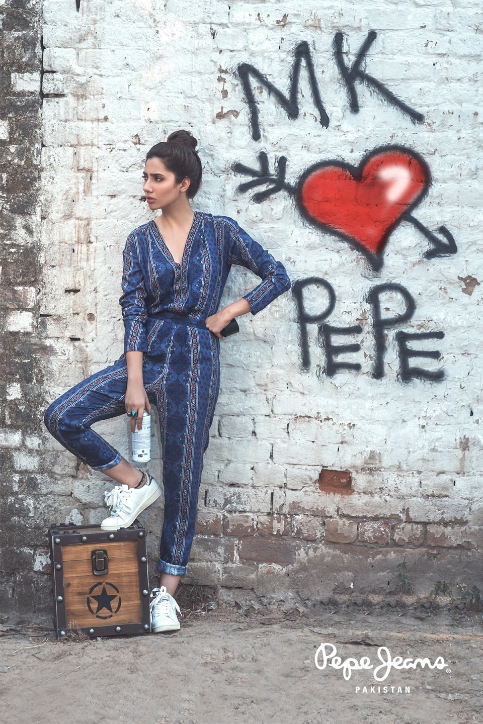 Mahira Khan for Pepe Jeans Pakistan Winter 2015 Campaign – #MKLovesPepe (13)