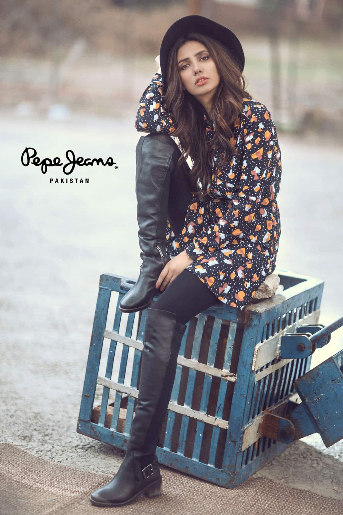 Mahira Khan for Pepe Jeans Pakistan Winter 2015 Campaign – #MKLovesPepe (5)